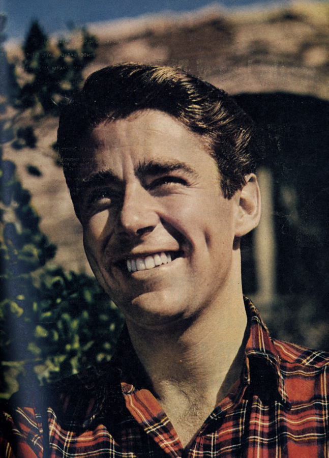 Click here: http://www.biography.com/people/peter-lawford-9542183?page