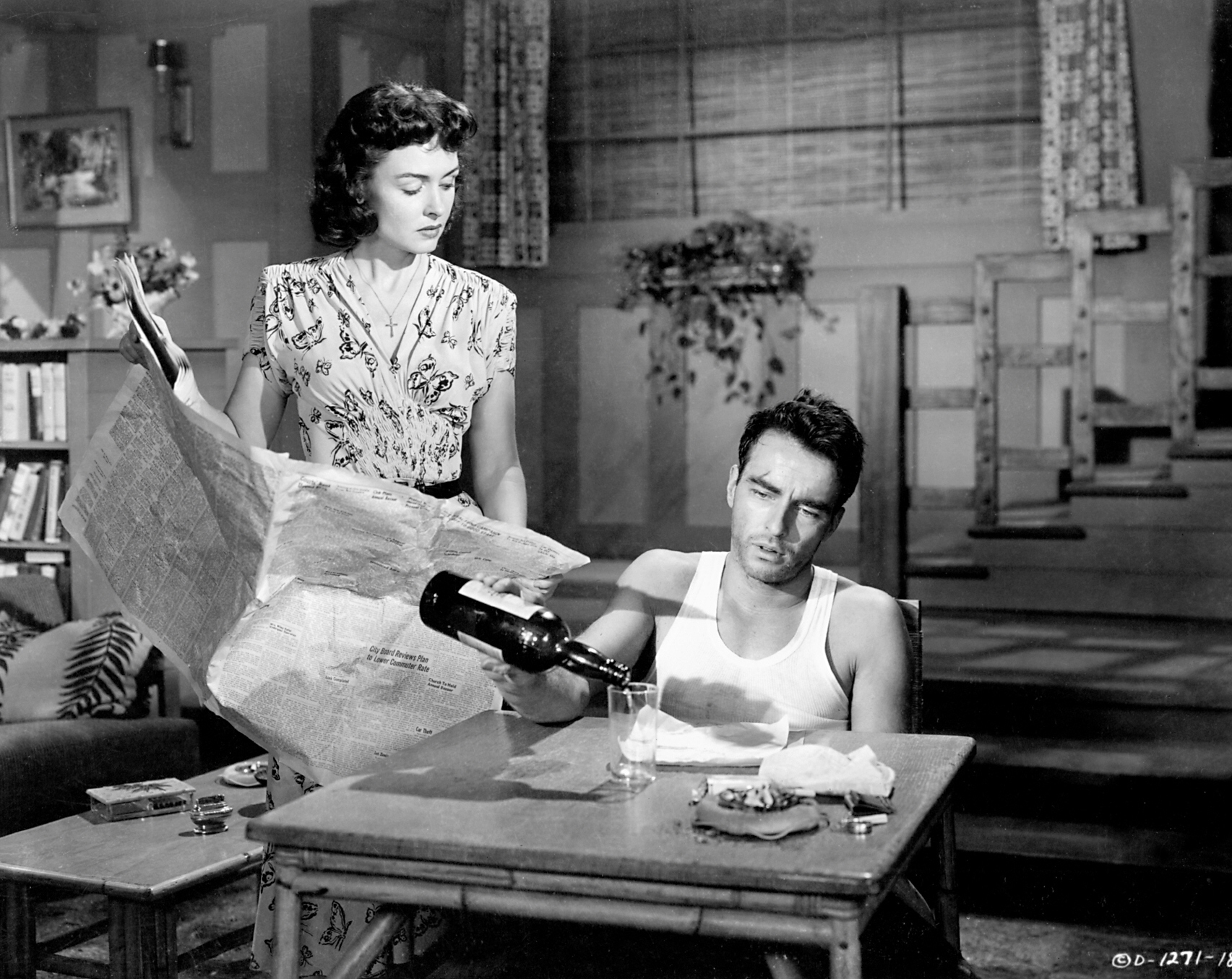 Montgomery Clift in FROM HERE TO ETERNITY with Donna Reed