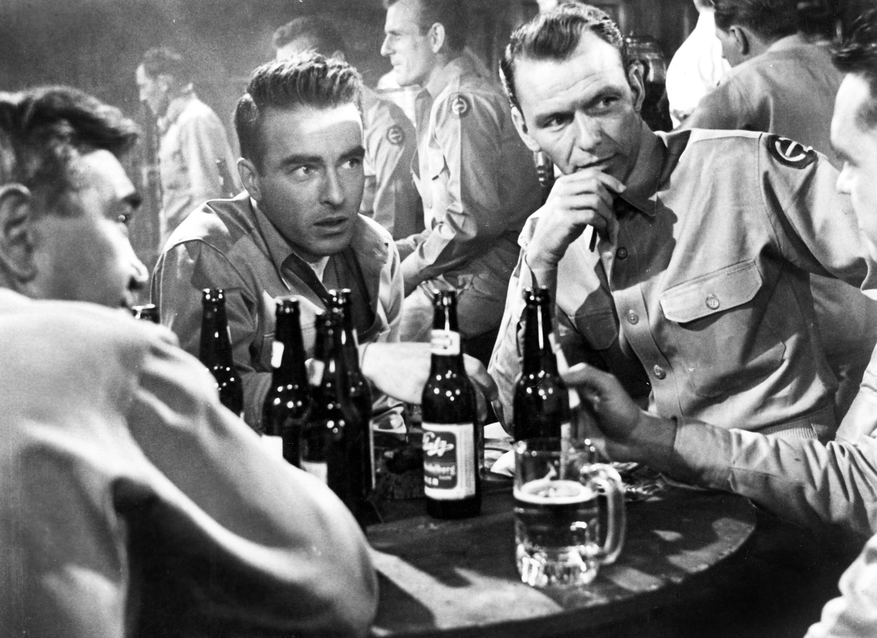 Montgomery Clift with Frank Sinatra in FROM HERE TO ETERNITY